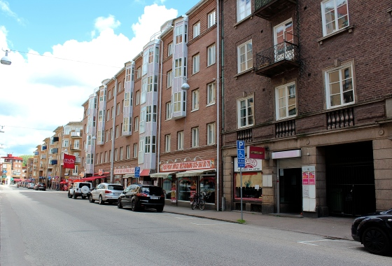 Fasad, Brogatan